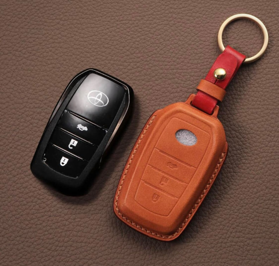 Bao da chìa khóa ô tô cao cấp Toyota