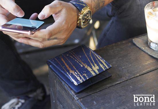 Mẫu ví da kì đà vảy vàng đẹp cao cấp nhất năm 2020