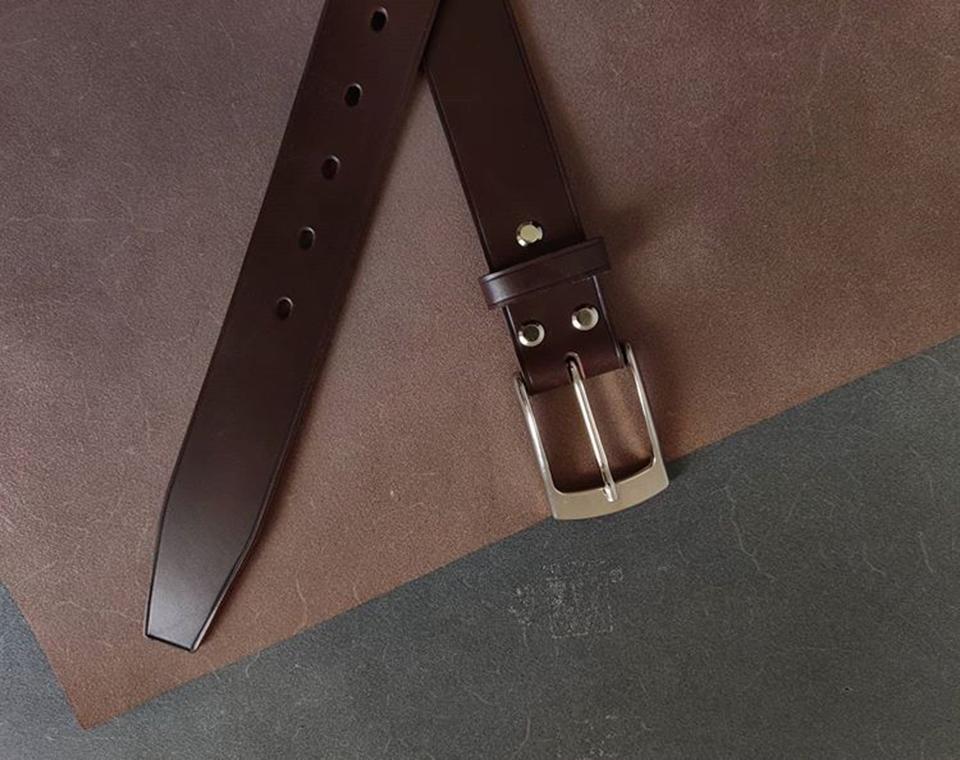 Mẫu dây lưng làm từ da Vachetta truyền thống